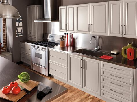 Kitchen Cabinets Furniture by Kitchen And Dining Room Furniture The Home Depot Canada