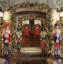classic outdoor pre lit garland traditional wreaths and garlands by frontgate