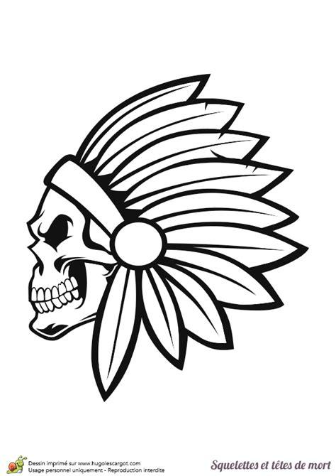 dessin à colorier squelettes et têtes de mort chef indien