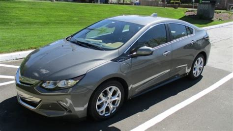 2017 Chevy Volt Review, Day 2