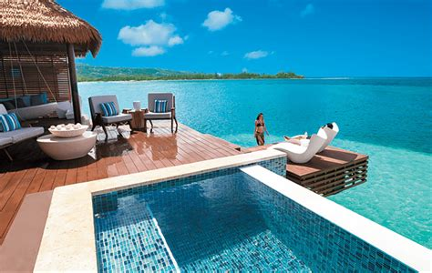 Cheap Overwater Bungalows Easy To Get To From Us