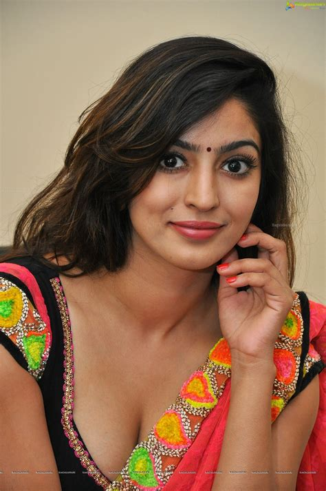 vaibhavi joshi hd image  telugu actress hot