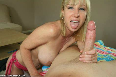 Blonde Nympho Receive A Biggest Gush Creamy