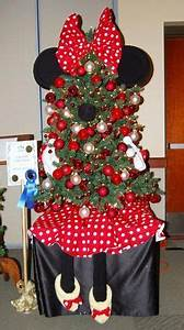 Christmas Cubicle Decorations on Pinterest