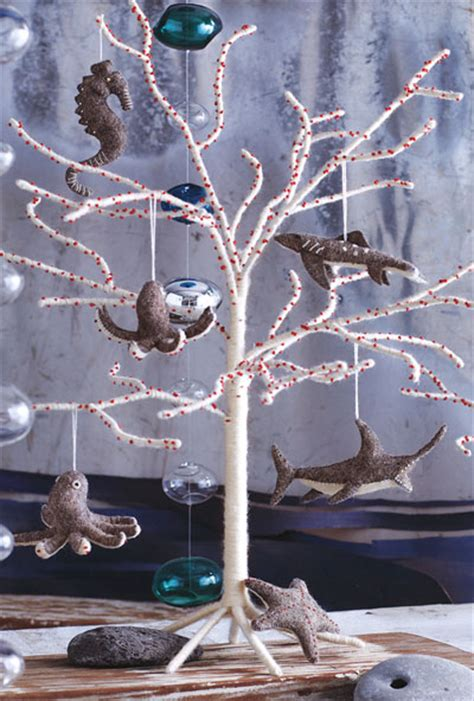modern white christmas tree  natural white wool novacom