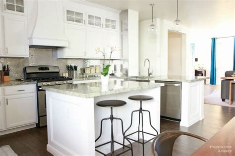 kitchen designs with white cabinets white kitchen cabinet ideas for vintage kitchen design