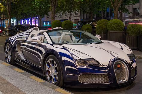Bugatti Veyron Blue And White by White Black And Blue Bugatti Veyron Hd Wallpaper