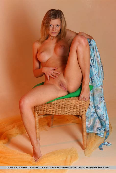 Oliwia A In Photoshoot Free Nude Met Art Pictures At Elitebabes