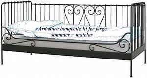 Lit Banquette Fer Forgé : lit fer forge bois sommier clasf ~ Teatrodelosmanantiales.com Idées de Décoration