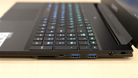 a closer look gigabyte aero 15 review a spunky gaming