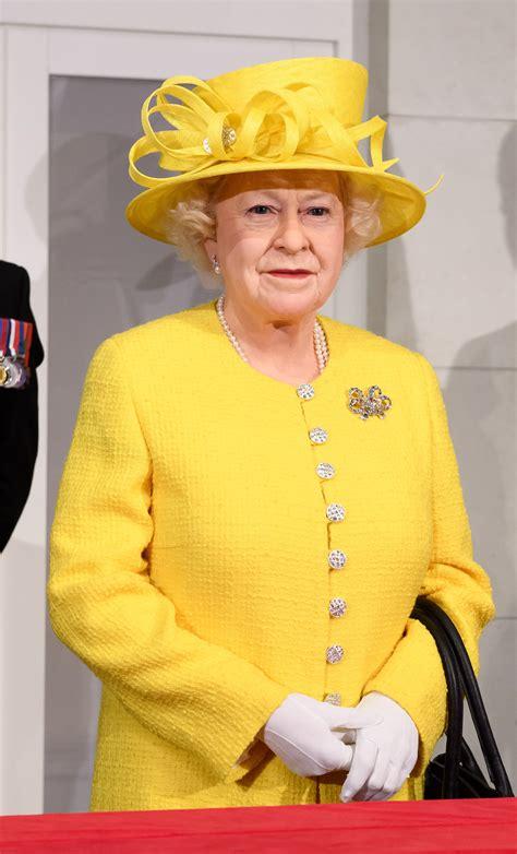 Queen Elizabeth II | Madame Tussauds™ London