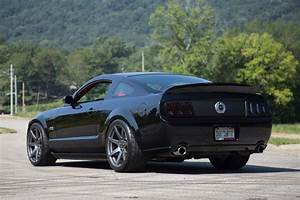 Ford Mustang S197 Black Project 6GR SEVEN   Wheel Front
