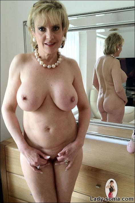 Perfect Bodied Mature Blonde Lady Sonia With Big Boobs And