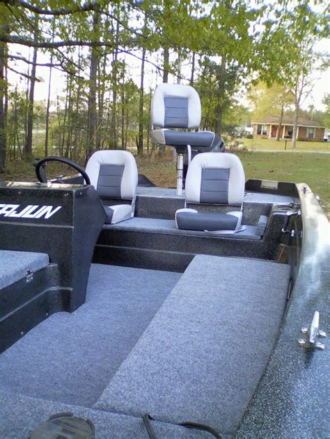 Cajun Bass Boat Accessories by 25 Best Ideas About Boat Seats On Pontoon