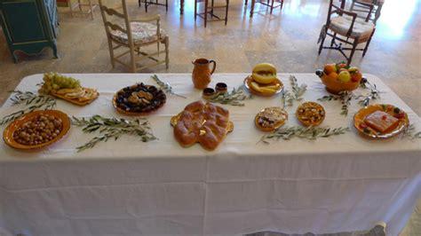 traditions proven 231 ales de no 235 l santoun treize desserts cacho fi 242 sainte barbe les pilles
