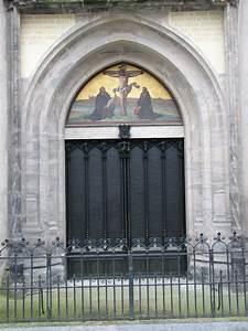 File:Wittenberg Thesentuer Schlosskirche.JPG - Wikipedia