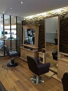 Mobilier Salon De Coiffure : agencement salon de coiffure ~ Teatrodelosmanantiales.com Idées de Décoration
