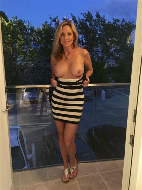 Sexy Blonde Milf Flashing Her Amazing Tits Milf Update