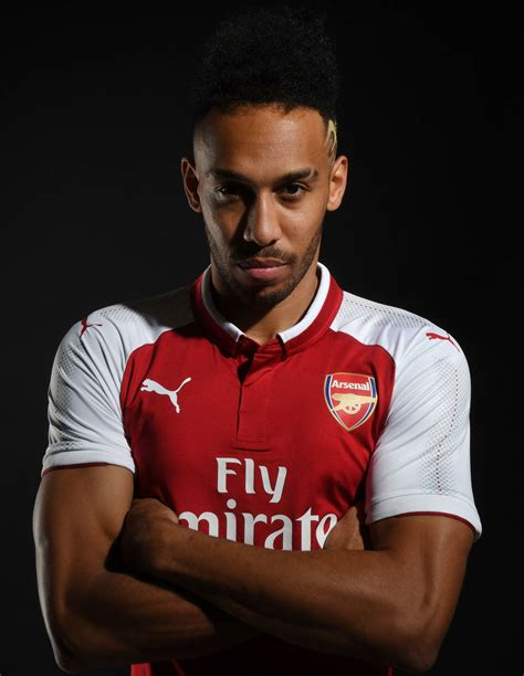 Pictures: Pierre-Emerick Aubameyang in Arsenal kit ...
