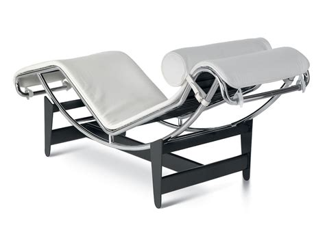 chaise lc4 cassina lc4 chaise lounge by le corbusier