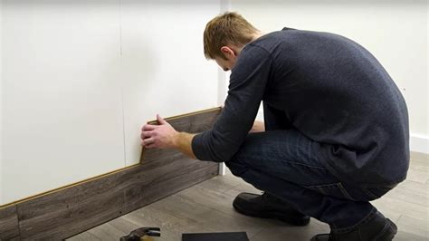 How to Horizontally Install Pergo Laminate Flooring On