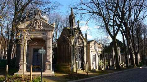 pere la chaise père lachaise where the made the grave a garden