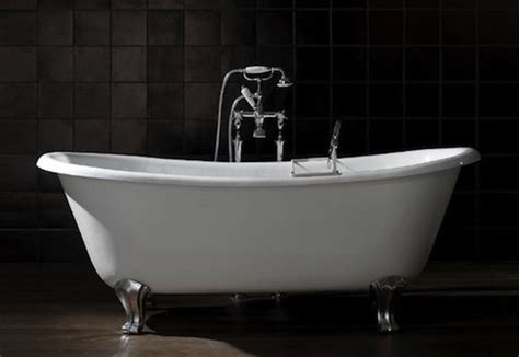 Freestand Bathtub by Free Standing Bathtubs Pros And Cons Bob Vila
