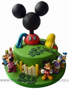 Mickey Mouse Geburtstag : mickey mouse club house birthday cake 3 geburtstag pinterest geburtstagskuchen kuchen ~ Orissabook.com Haus und Dekorationen
