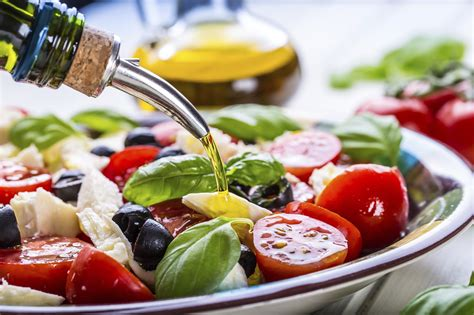 mediterranean diet works better for wealthy people study