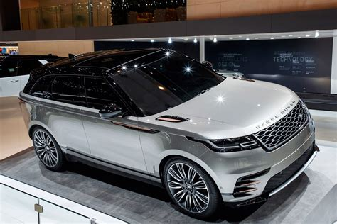 range rover velar suv official pictures auto express