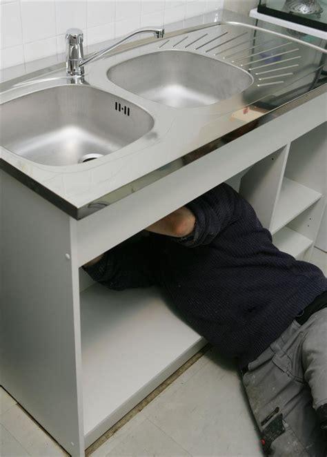 four de cuisine encastrable choisir un évier à la taille de votre sous meuble cuisissimo