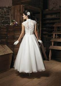 Ankle length a line wedding dress sang maestro for Ankle length wedding dress