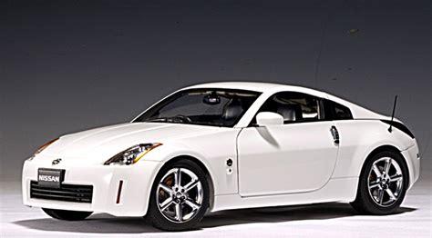 fairlady z white autoart 2002 nissan fairlady z rhd white 77318 in 1