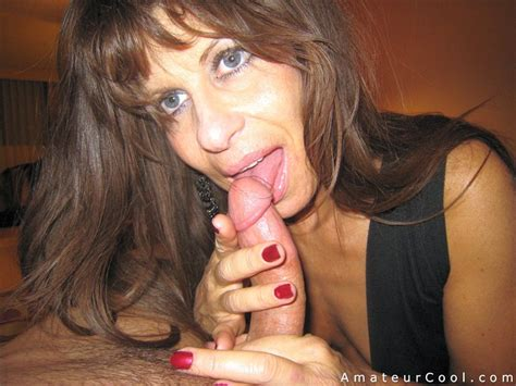 Horny Granny Gilf Gives An Excellent Blowjob Amateur Cool