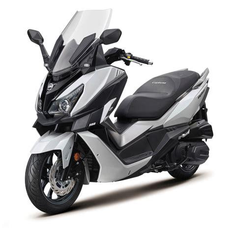 Modification Sym Cruisym 300i by Sym Cruisym 300i F4 4 20294en Cyprus Motorcycles