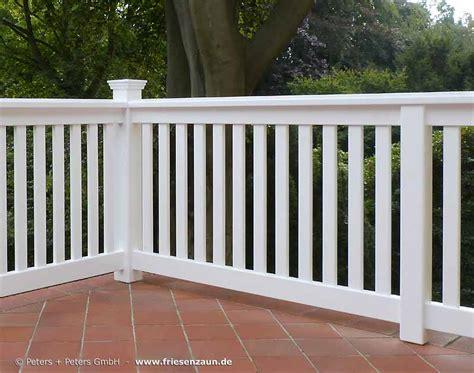 Gartentor Und Balkongelaender Entrosten Und Lackieren by Gel 228 Nder F 252 R Balkon Garten Und Terrasse Hartholz Weiss