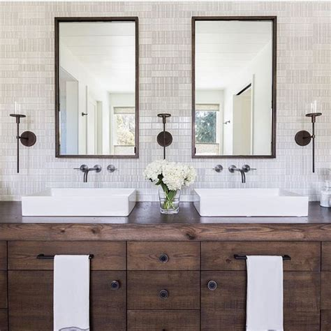 Best 25+ Rustic Modern Bathrooms Ideas On Pinterest