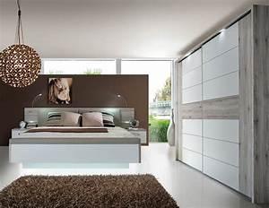Schlafzimmer Weiß Komplett : bett hochglanz weiss 180 x 200 preisvergleiche ~ Pilothousefishingboats.com Haus und Dekorationen