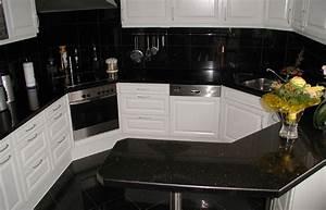 Granit Arbeitsplatte Reinigen : k chenarbeitsplatten aus naturstein wie granit marmor oder schiefer wieland naturstein ~ Indierocktalk.com Haus und Dekorationen