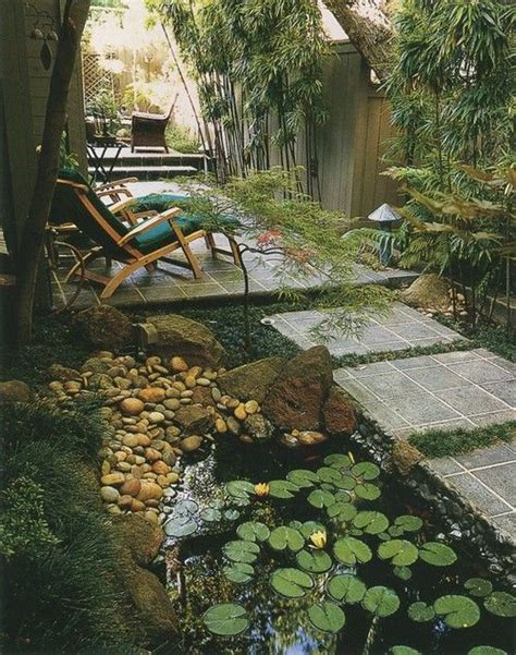 landscaping narrow spaces top 25 ideas about landscape side yards on pinterest gardens outdoor living and woking