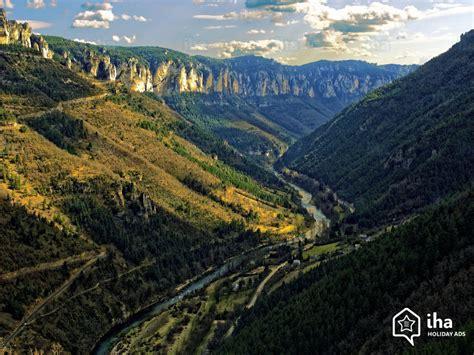 chambre a louer a particulier location aveyron à la montagne pour vos vacances avec iha