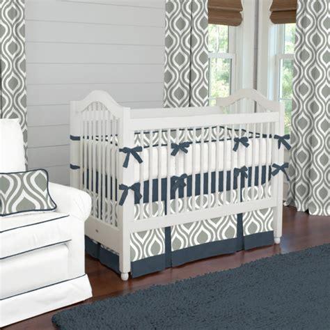 chambre bebe gris chambre de bebe gris et blanc maison design bahbe com