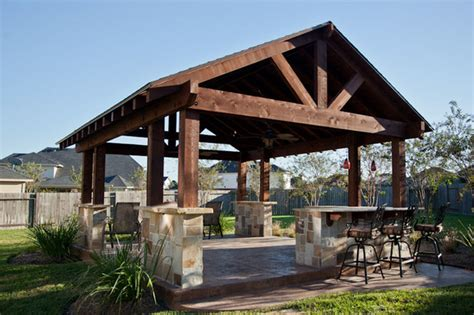 Outdoor Patio Structure For Entertaining In Katy, Tx