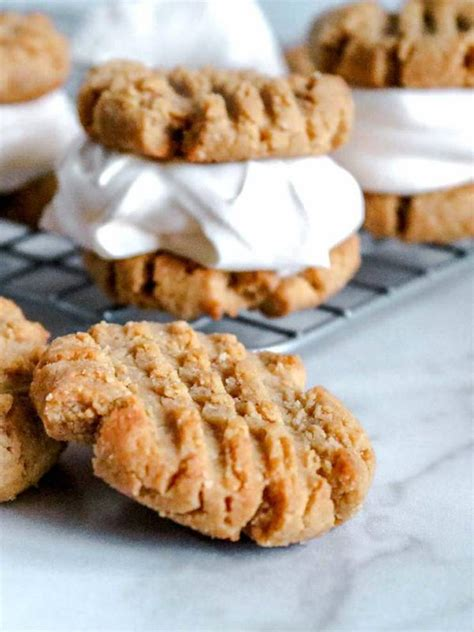 These are the 20 best low carb sugar free ice cream recipes. 4 Ingredient Keto Peanut Butter Cookies - BEST Peanut ...