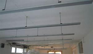Faire Un Faux Plafond : faire plafond maison travaux ~ Premium-room.com Idées de Décoration