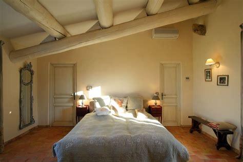chambre rustique une chambre rustique et élégante combles et greniers