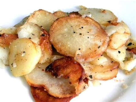 pan fried potatoes fried potatoes crispy easy and perfect restless chipotle