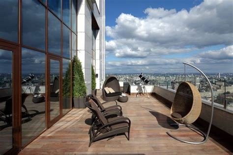 Luxury Apartment with Awesome Decoration in London is up ...