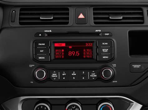 image  kia rio  door sedan auto lx audio system