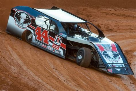 Longhorn Chassis Jumps Into Modified Racing